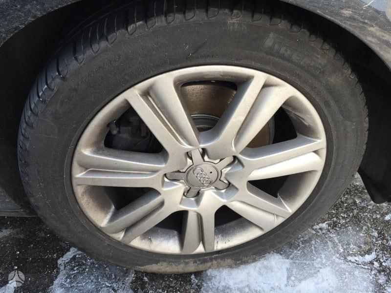 Audi A4 2010 R17 225/50 su padangom vasarinem Pirelli KAINA JAU SU PADANGOM 90Eur/vnt